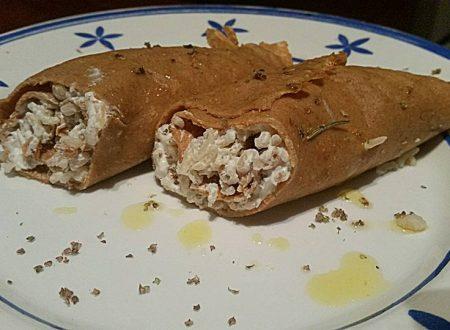 crèpes integrale e grano arso con riso orzo e farro alla crema di kefir e maggiorana secca