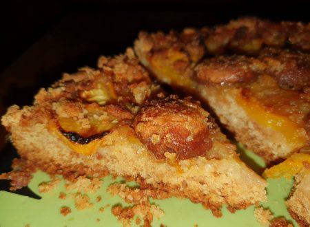 Torta pesche e amaretti senza uova e burro