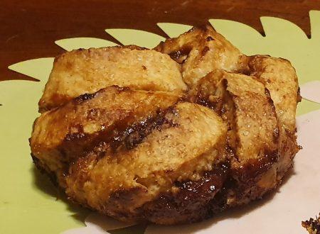 Torta arrotolata con marmellata di uva, cucina vegana