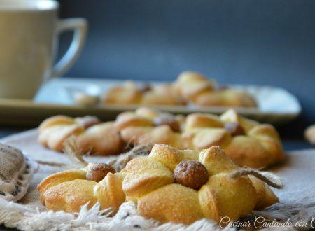 PETALOSI fior di biscotti super inzupposi(prima ricetta del web)
