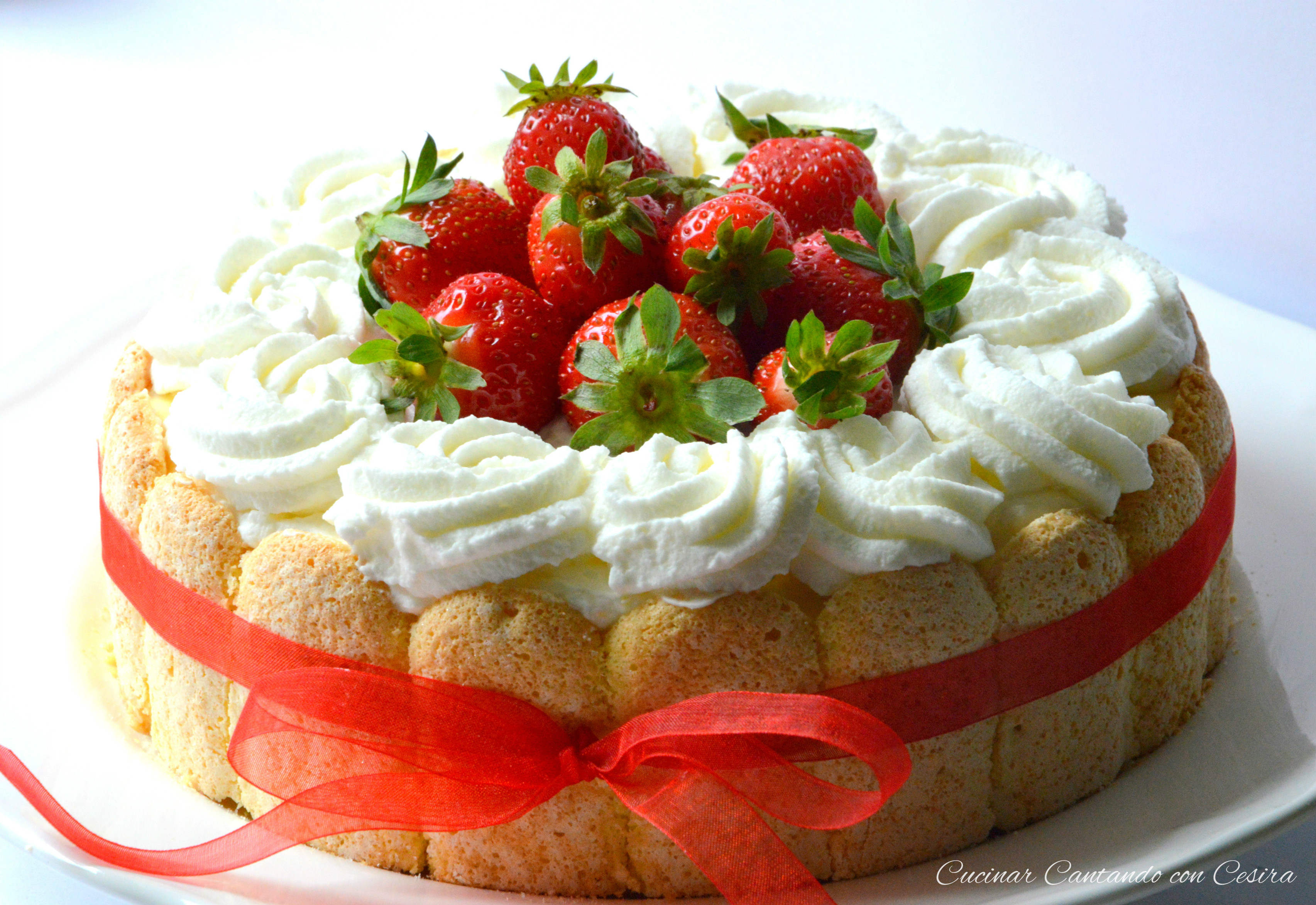 Torta charlotte alle fragole2