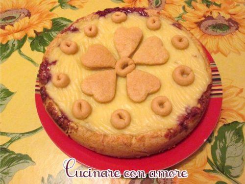 Crostata con  marmellata di amarene e crema