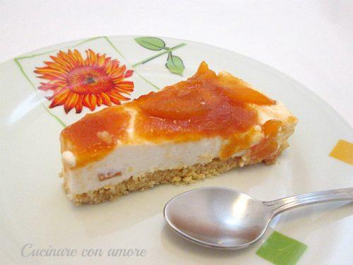 Torta fredda allo yogurt di albicocche e pesche
