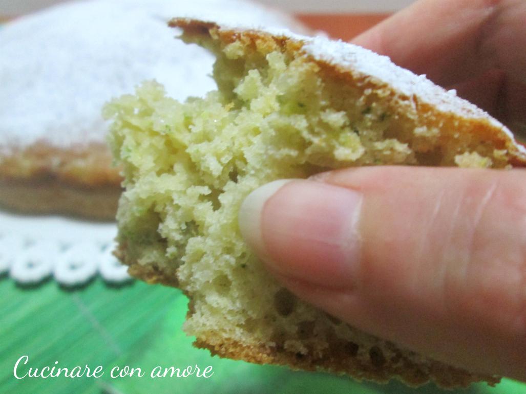 Torta dolce di zucchine