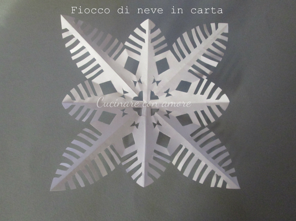 Fiocchi Di Neve Di Carta Fai Da Te : Tutorial fiocchi di neve in carta cucinare con amore