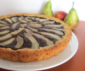 Crostata con crema Ciobar e pere