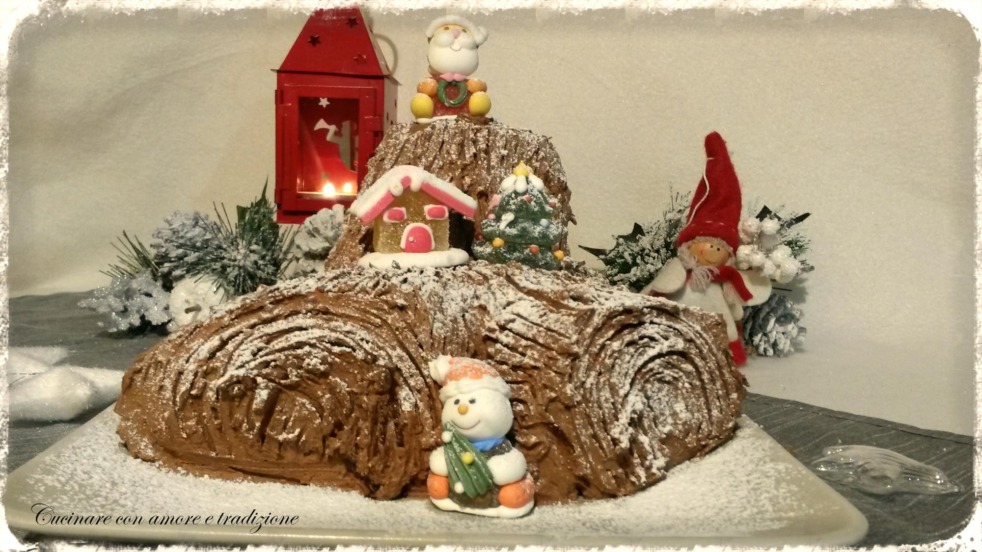 Decorare Il Tronchetto Di Natale.Tronchetto Di Natale