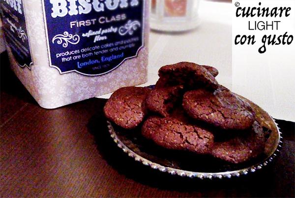 Biscotti light al cacao e cannella