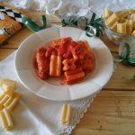 Pasta di Carnevale a 5 buchi catanese con ragù di maiale