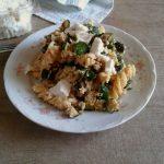 Pasta zucchine, ricotta e pangrattato
