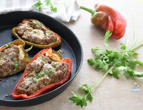 Peperoni ripieni di carne macinata al forno