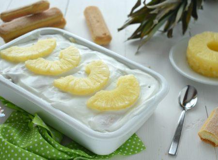 Tiramisù allo yogurt e ananas senza mascarpone