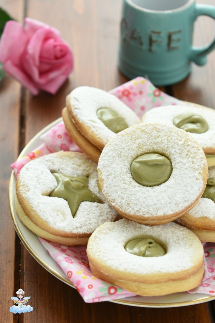 Occhi di bue al pistacchio