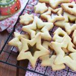 Biscotti con il vetro natalizi