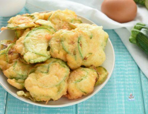 Frittelle di zucchine gonfie e soffici