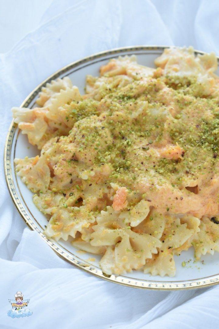 Pasta zucca panna e pistacchio