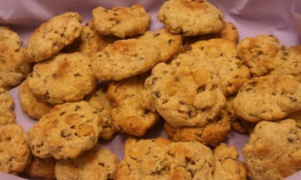 Biscottini di ciambelline soffiate al miele e cioccolato