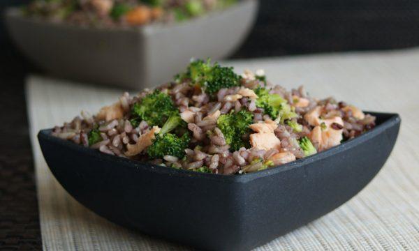 Riso ai broccoli e salmone, ricetta light
