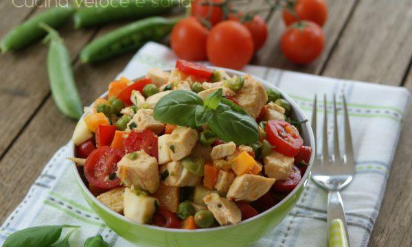 Insalata di pollo e verdure