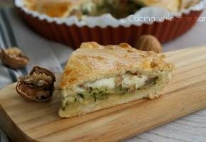 Torta salata con zucchine, stracchino e noci