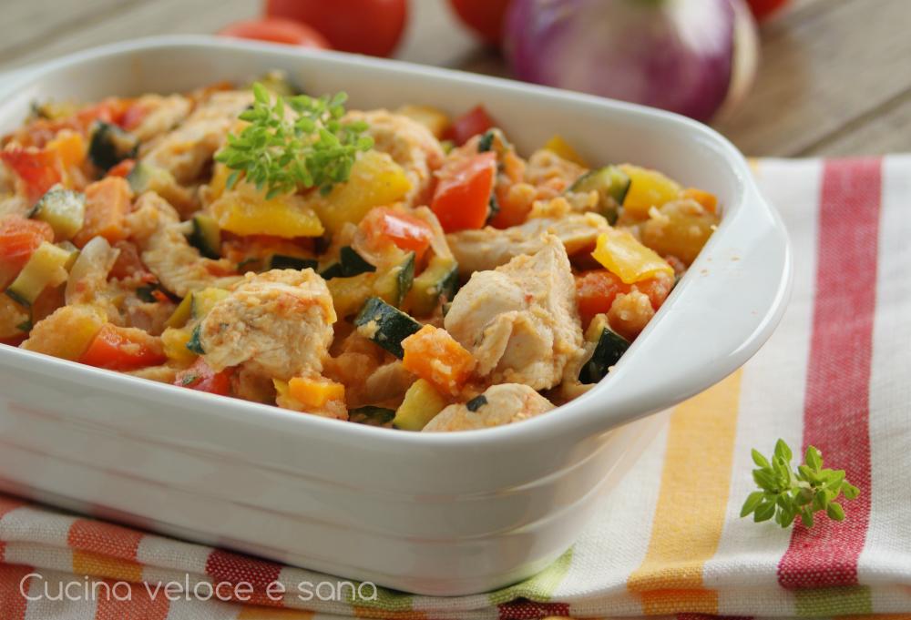 Bocconcini di pollo alle verdure in padella cucina veloce e sana - Cucina fanpage ricette ...