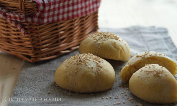 Panini al formaggio con farina di mais