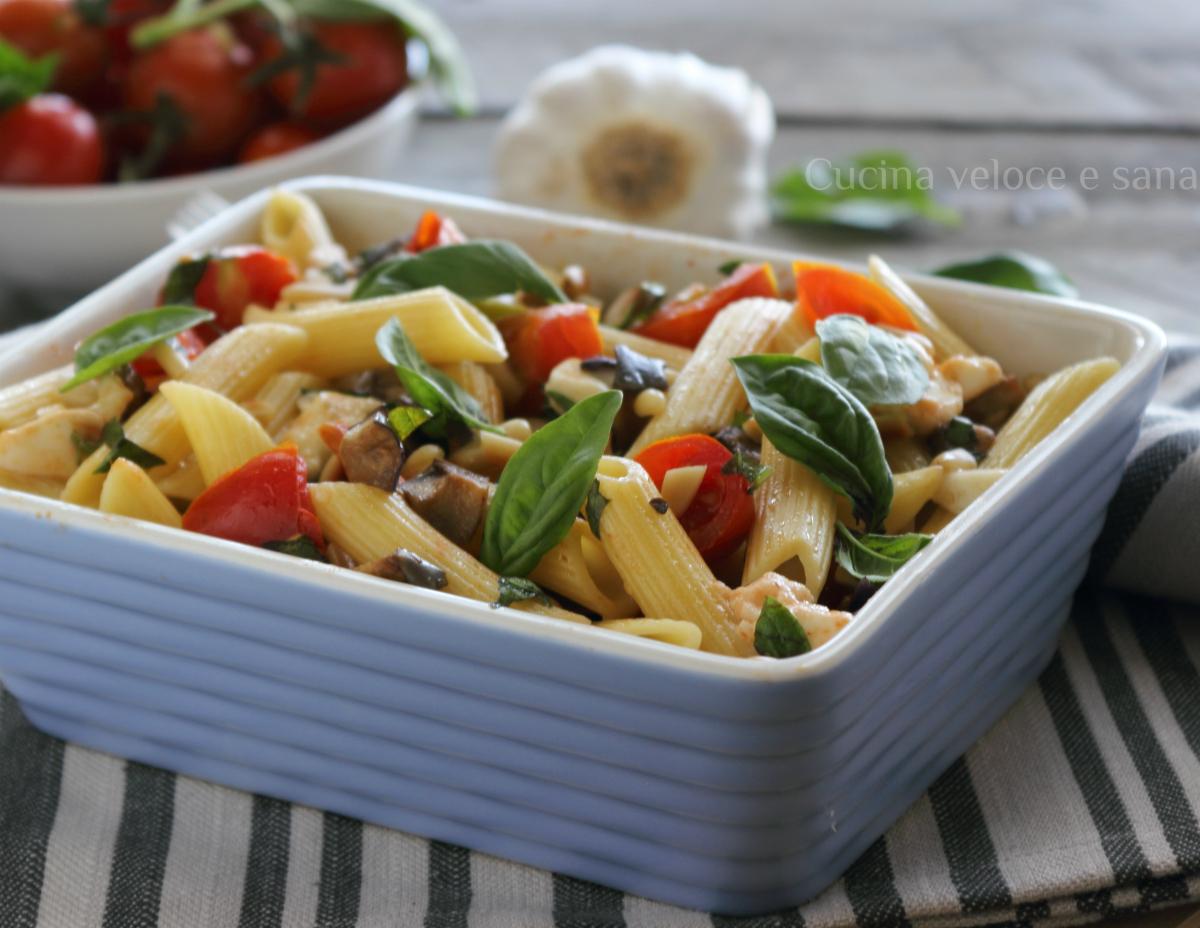 Insalata di pasta con melanzane e mozzarella
