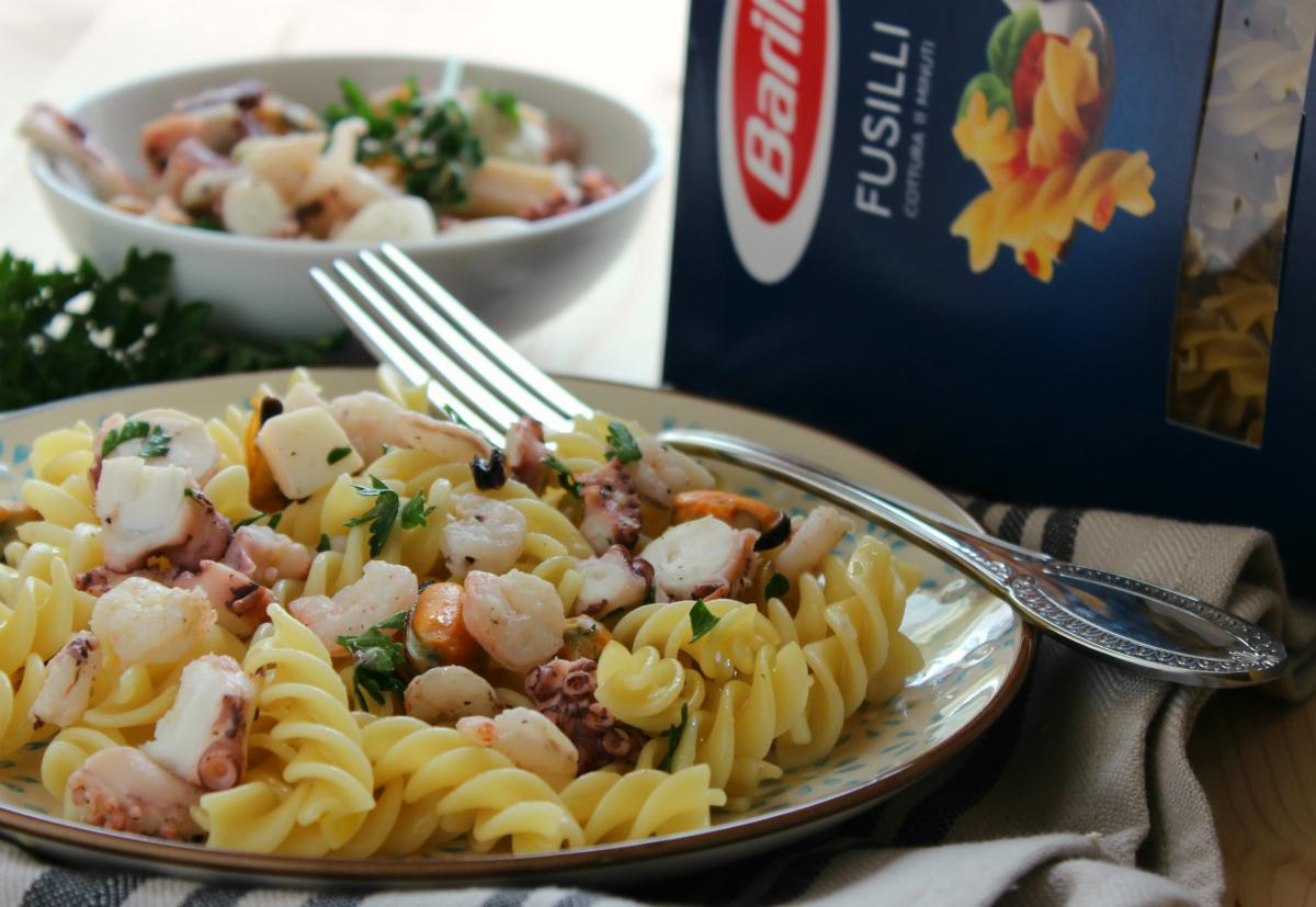 Fusilli con insalata di mare cucina veloce e sana - Cucina veloce e sana ...