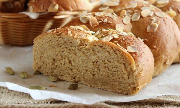 Pane dolce al cardamomo