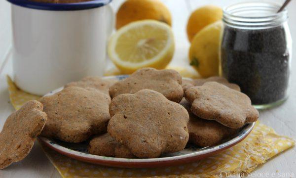 Biscotti vegan al limone e semi di papavero