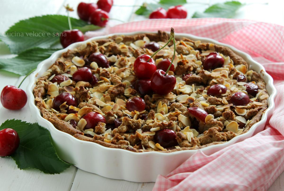 Sbriciolata vegan alle ciliegie e mandorle - Cucina veloce e sana ...