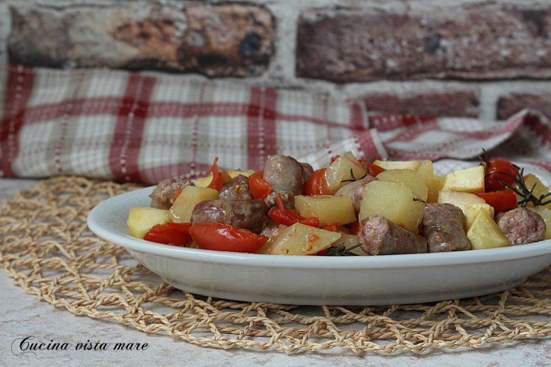 Bocconcini di luganega con patate