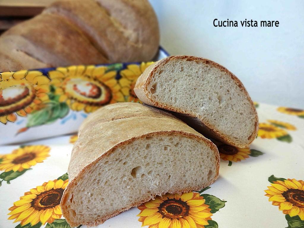 Pane con lievito madre Cucina vista mare