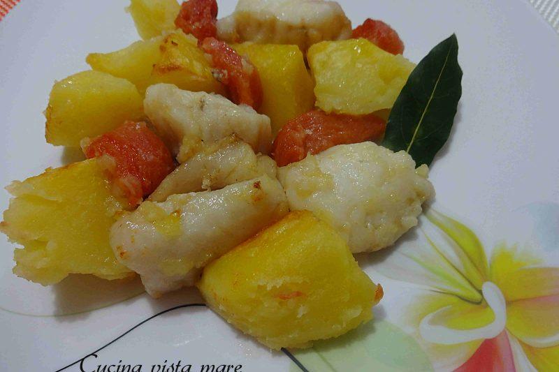 Spezzatino di rana pescatrice con patate al forno