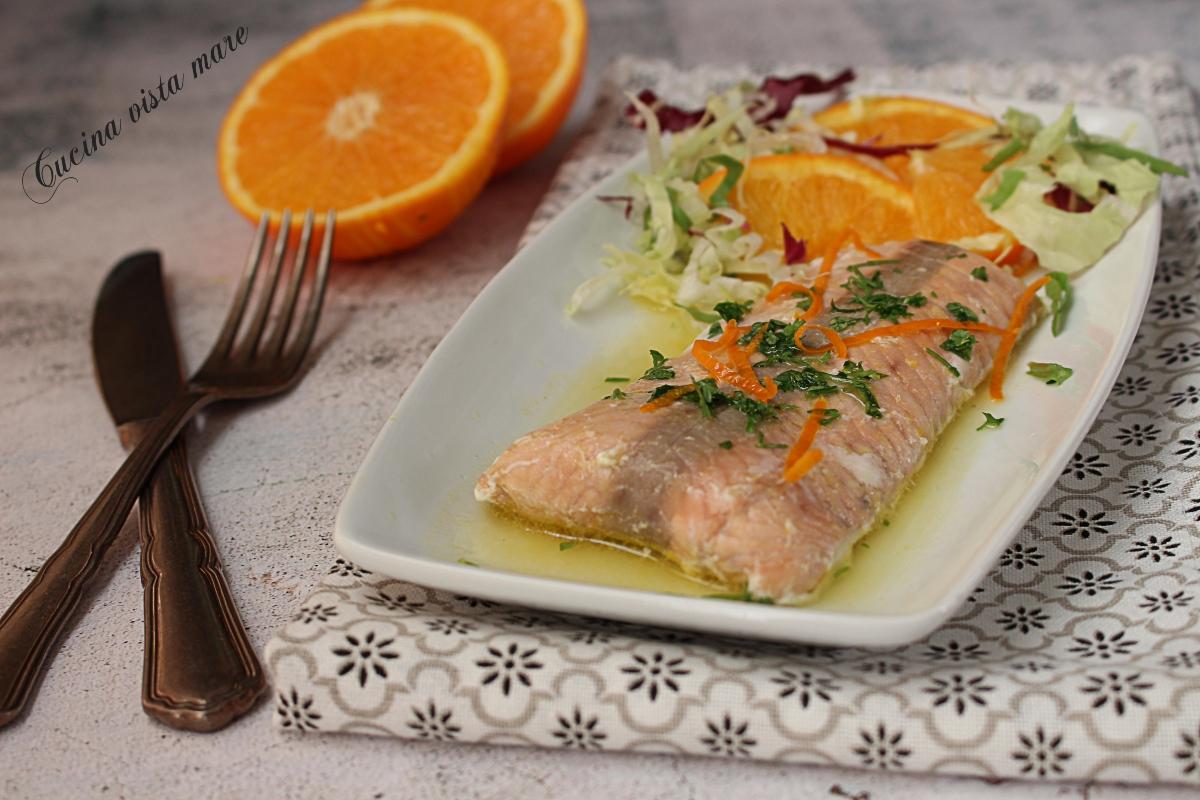 Ricetta Salmone Vino Bianco.Salmone Al Vino Bianco E Arancia