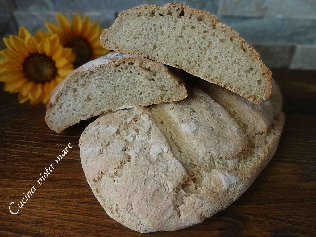 Pane ai cereali Cucina vista mare