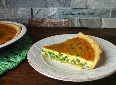 Torta salata con piselli e fave