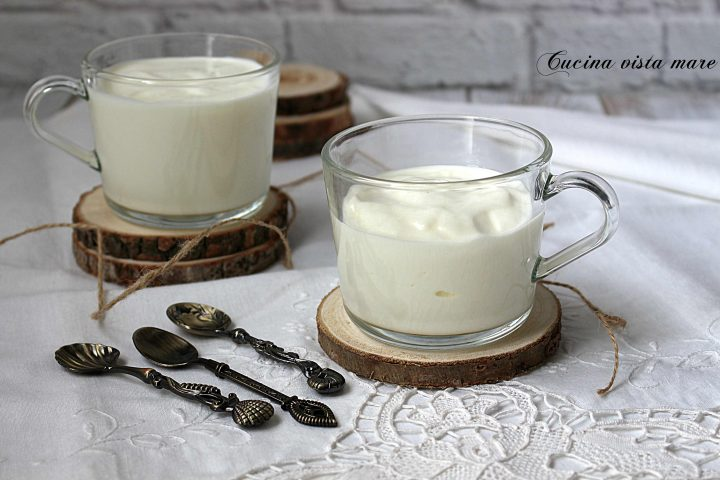 Yogurt fatto in casa senza yogurtiera Cucina vista mare