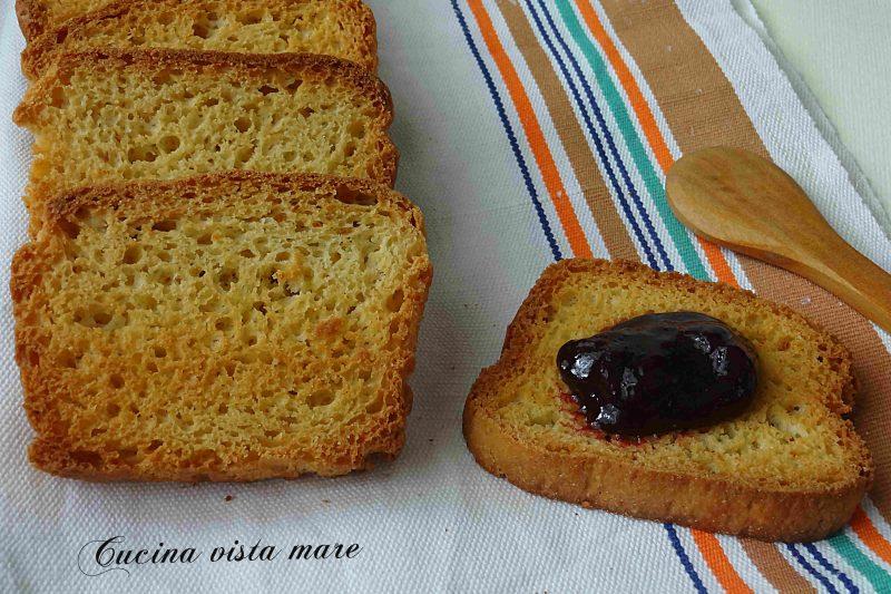 Fette biscottate con farina khorasan