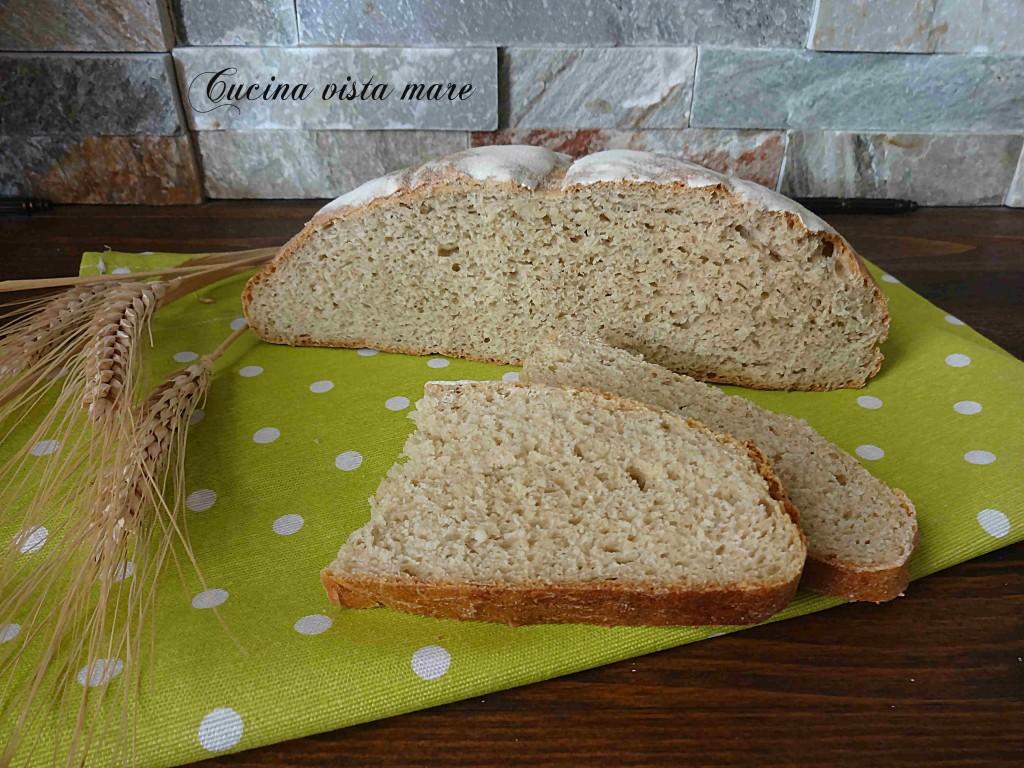Pane con farina Senatore Cappelli Cucina vista mare