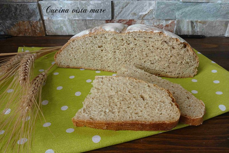 Pane con farina Senatore Cappelli