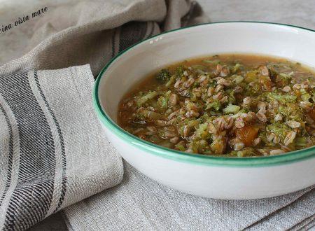 Zuppa cremosa di broccoli e zucca