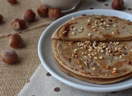 Pancakes farro e latte di nocciole