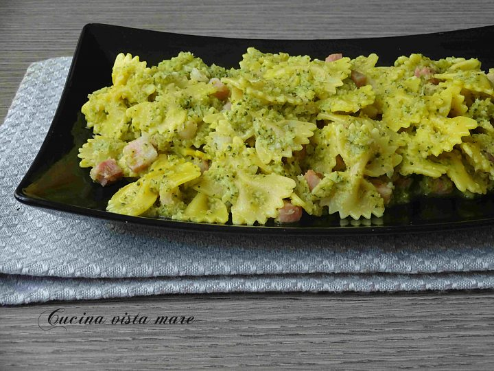 Pasta broccoli pancetta e zafferano