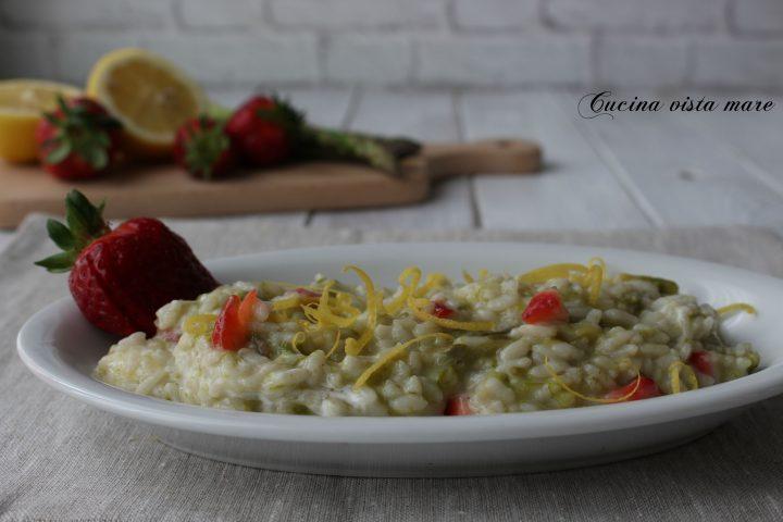 Risotto asparagi e fragole Cucina vista mare