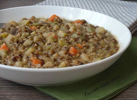 Zuppa di fagioli verdi e verdure