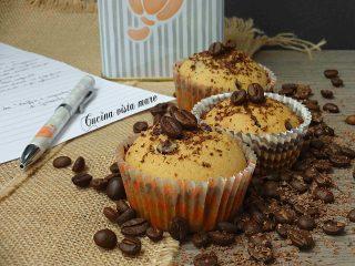 Muffin al cioccolato e caffè Cucina vista mare