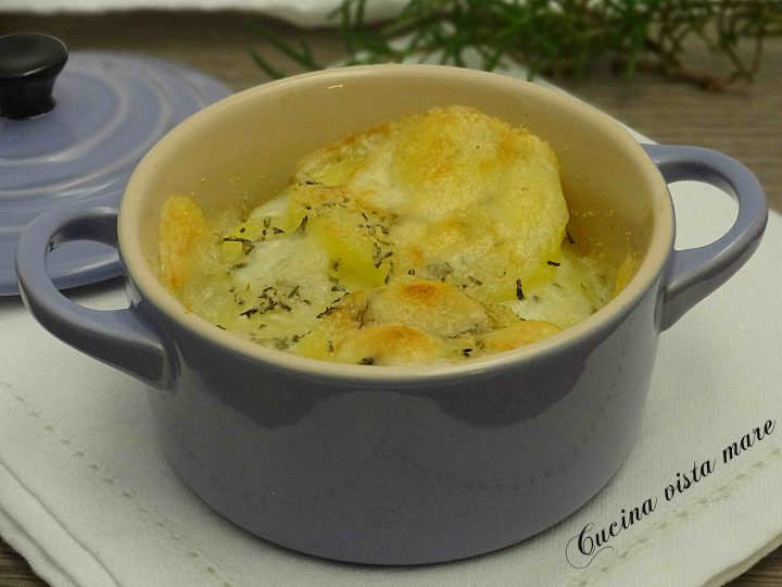 Tortini di patate e caciotta Cucina vista mare