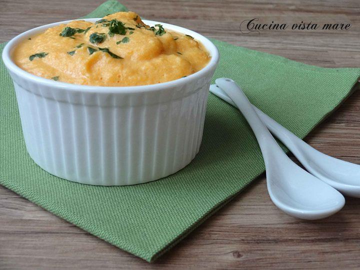 Crema di carote Cucina vista mare