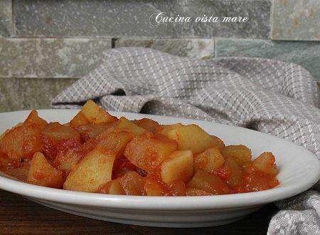 Patate al pomodoro nella slow cooker